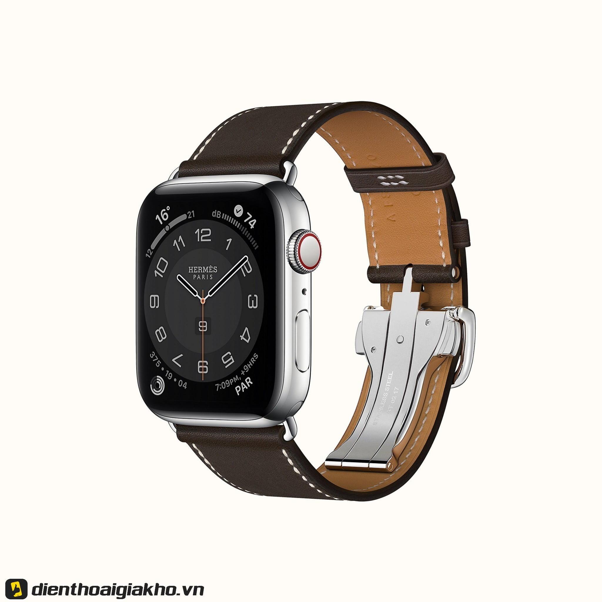 Không thể không kể đến Hermes - phiên bản sang chảnh nhất của Apple Watch Series 6 44mm GPS với mức giá khủng.