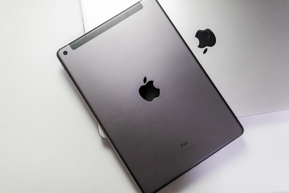 iPad Gen 8 10.2 inch Wifi Cellular 128GB